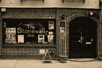 stonewall-inn--Greenwich-Vi